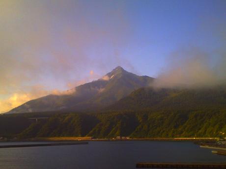 朝の利尻富士