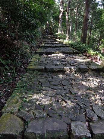 熊野古道の石畳・大門坂