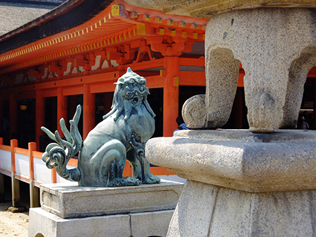 厳島神社の狛犬