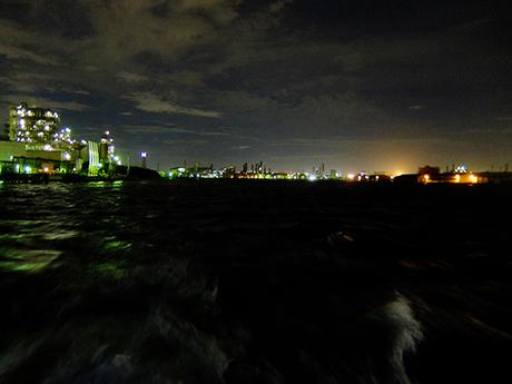 工場夜景クルーズ