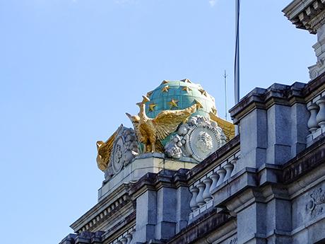 迎賓館本館屋根の天球儀