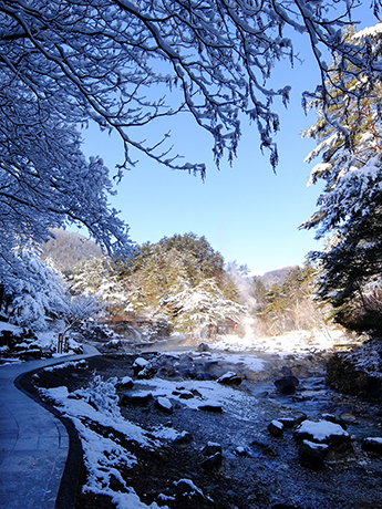 雪の西の河原